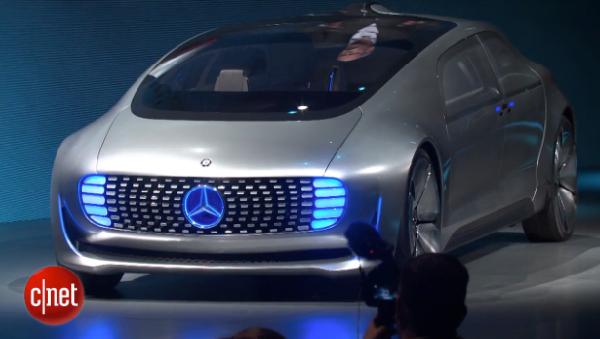 *b- Mercedes-600